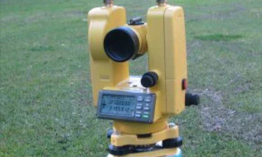 VLX-635T Laser theodolite